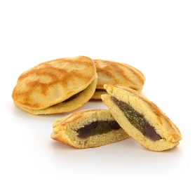 MUJI-Mini-Dorayaki-Pancake-Sandwich-Matcha-Red-Bean-Mochi